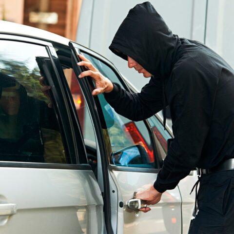 Разбор механических систем защиты для премиальных авто